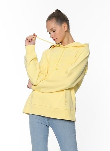 Levi's® Kadın Sweatshirt Graphic Sport Hoodie 35946-0238 Sarı